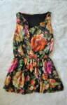 Дамска рокля с принт на цветя в свободен силует