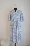 Дамска рокля в свободен силует и цветен принт