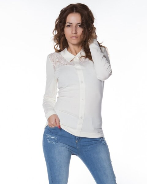 Дамска блуза с якичка (второ качество)