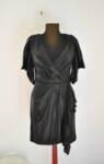 Къса дамска рокля с ефектни ръкави