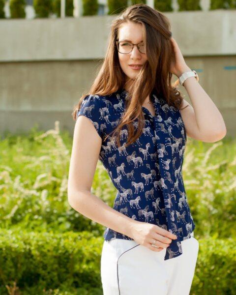 Дамска риза с къс ръкав и ефектна яка - Tita