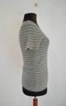 Дамска блуза на райета с тъмносиво бие