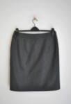 Вълнена дамска пола с външни джобове