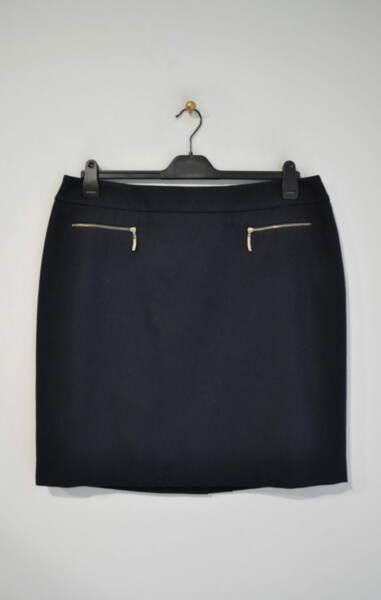 Вълнена дамска пола с метални ципове