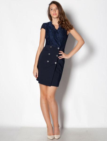 Елегантна дамска рокля с дантела