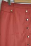 Дамска пола с тик-так копчета