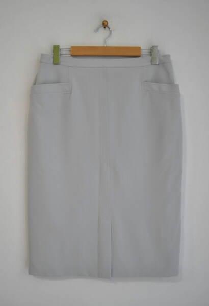 Светлосива дамска пола с джоб