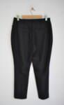 Черен дамски панталон с ръб и декоративни филетки (второ качество)