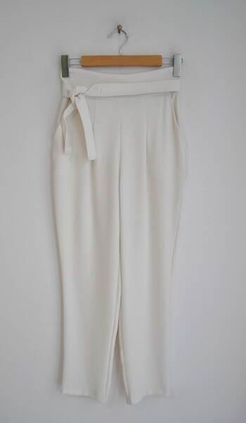 Дамски панталон с висока талия и колан (второ качество)