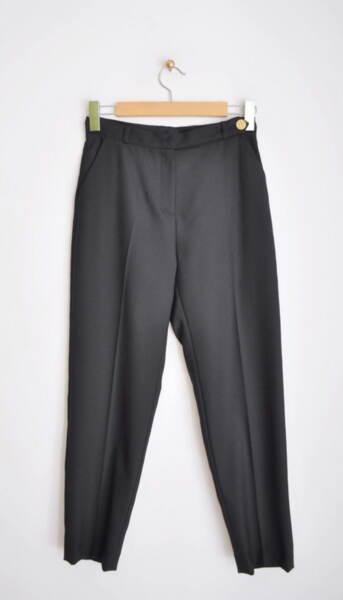 Дамски панталон с удължен колан в черно (второ качество)