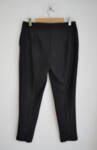 Черен дамски панталон с ръб - изчистен силует