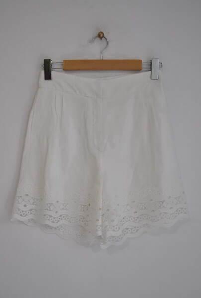 Къси дамски панталони с дантела (второ качество)