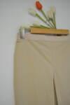Дамски панталон  с изчистен силует - бежов