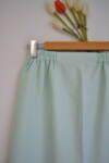 Зелена дамска пола с ластик на талията