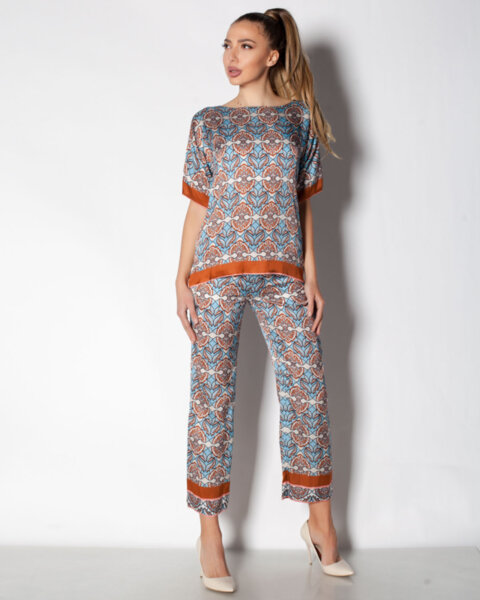 Дамски панталон с флорален принт