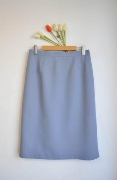 Дамска пола в синьо с прав силует (второ качество)