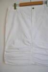 Спортна дамска пола с набор