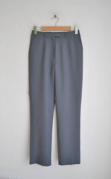 Сив дамски панталон с прав силует (второ качество)