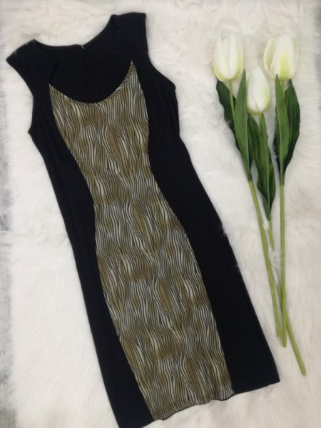 Вталена рокля по тялото