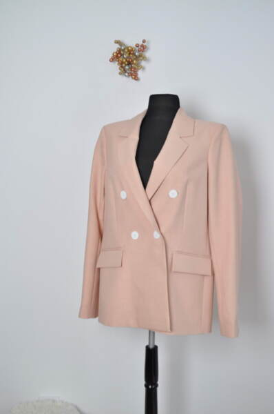 Дамско сако в розово