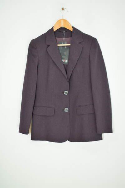 Вталено дамско сако в лилав меланж