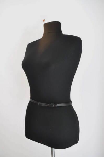 Тънък дамски колан с панделка в черно