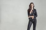 5 причини, защо дамата трябва да носи костюм