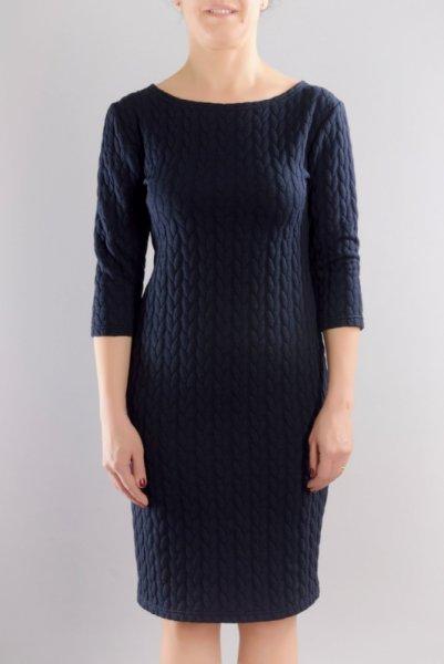 Вталена рокля от зимно трико