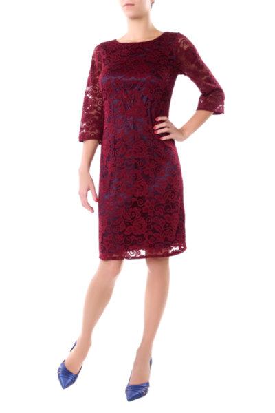 Празнична рокля с трапецовиден силует
