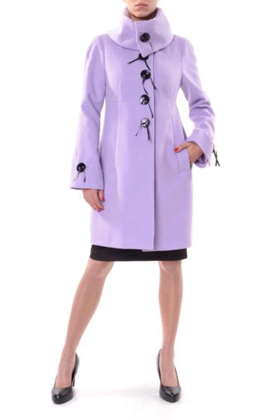Атрактивно разкроено палто с панделки