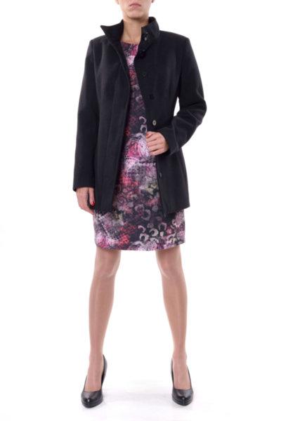 Комбинация от Вталено палто и Рокля със свободен силует