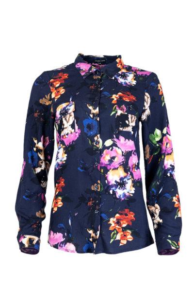 Вталена класическа риза с дълги ръкави