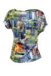 Трикотажна дамска блуза с къс ръкав и чупки на предницата