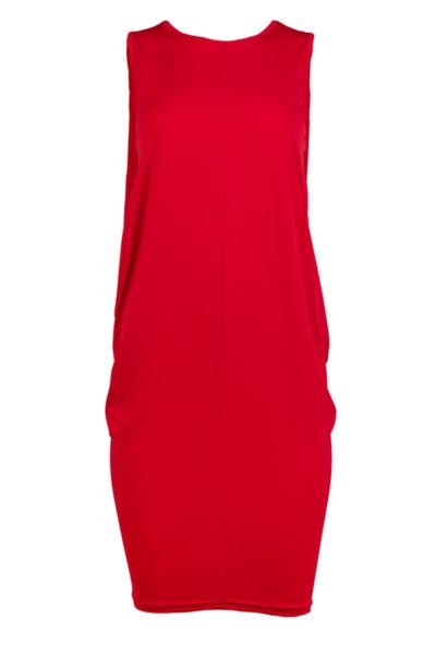 Трикотажна рокля със свобден силует и цепка в гърба