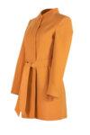 Вталено палто със скрито закопчаване и подвижен колан