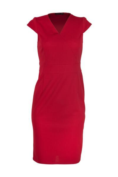 Дамска рокля с къс ръкав и V-образно деколте