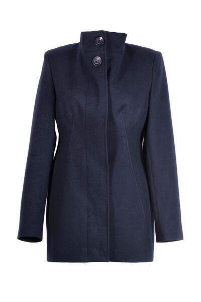 Вталено, дамско палто със столче яка и скрито закопчаване