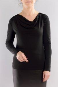 Трикотажна блуза с гръцко деколте