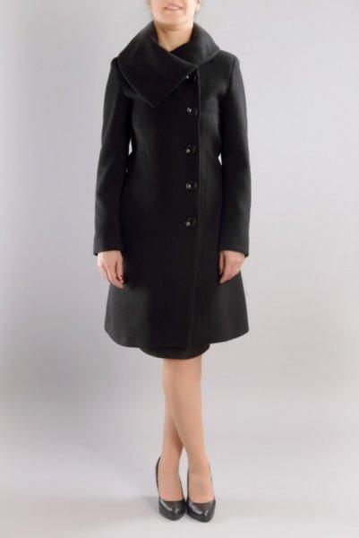 Дамско вталено палто с  яка