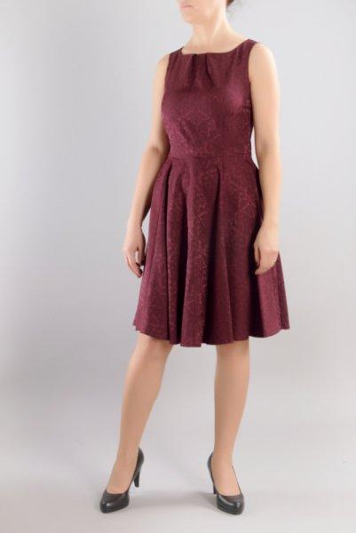 Разкроена рокля от жакард
