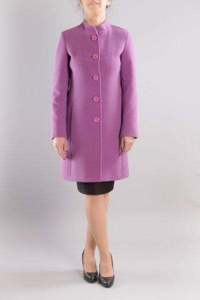 Вталено дамско право палто