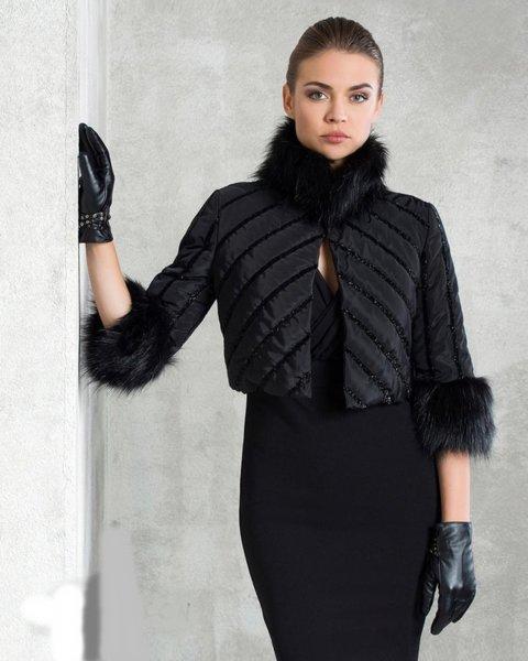Късо дамско яке
