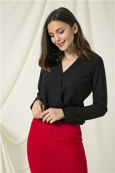 Дамска пайетена блуза