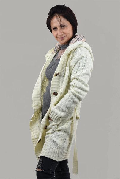 Дамска дълга плетена жилетка с качулка