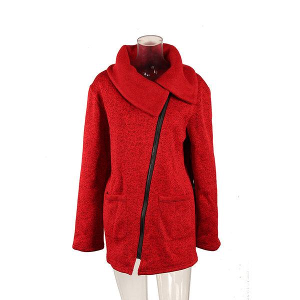 Дамско късо палто с голяма яка