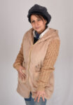 Дамско палто с плетен ръкав