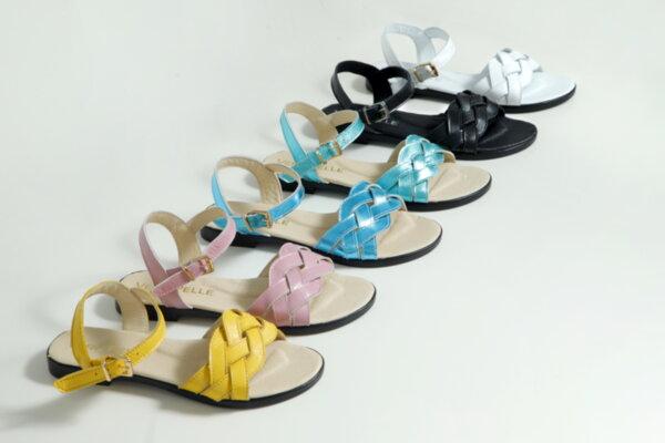 Дамски сандали Vera Pelle модел  - 820 черна кожа