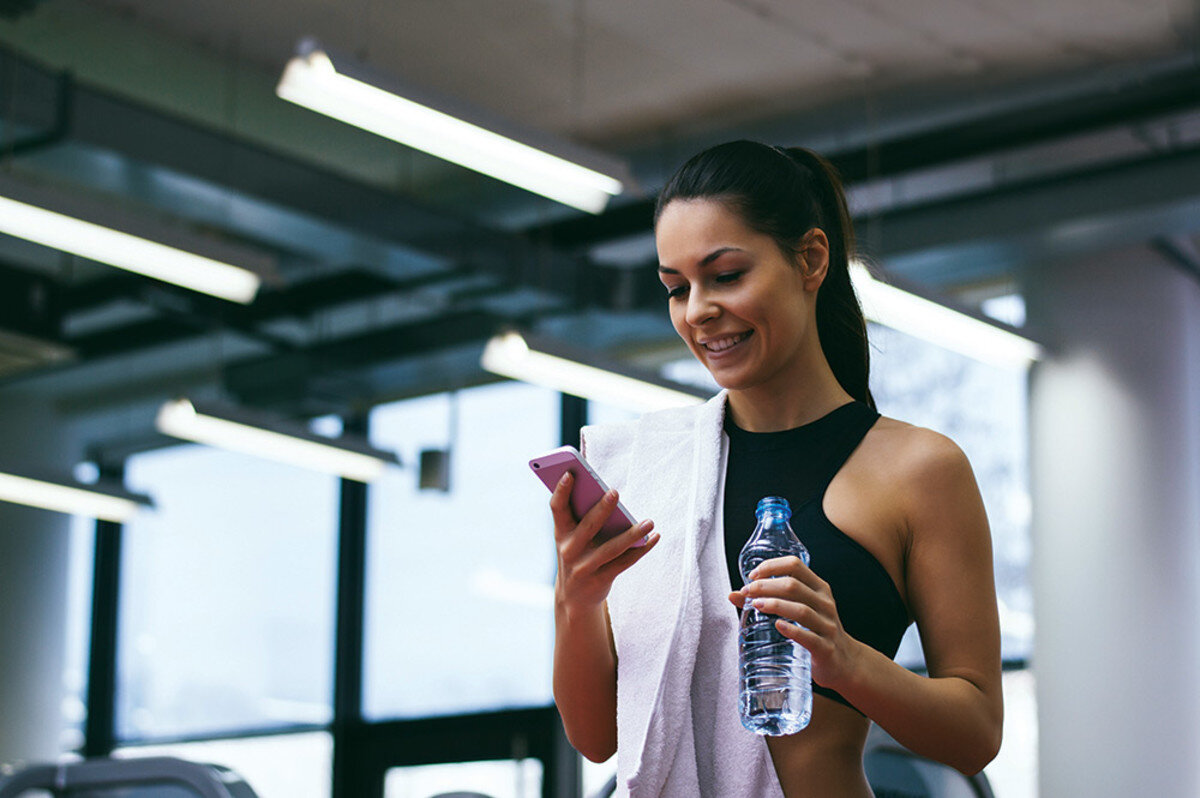 Защо не трябва да използвате мобилния си телефон, докато тренирате?