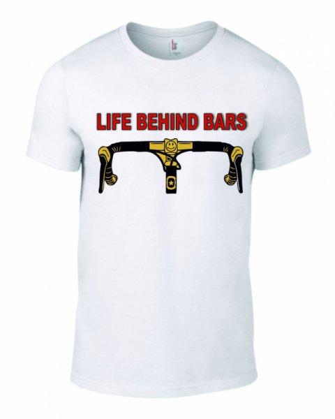Тениска behind bars