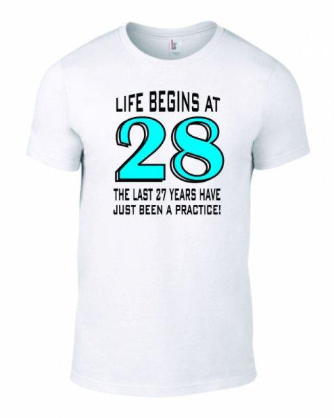 Тениска за рожден ден Life Begin at B-M-07